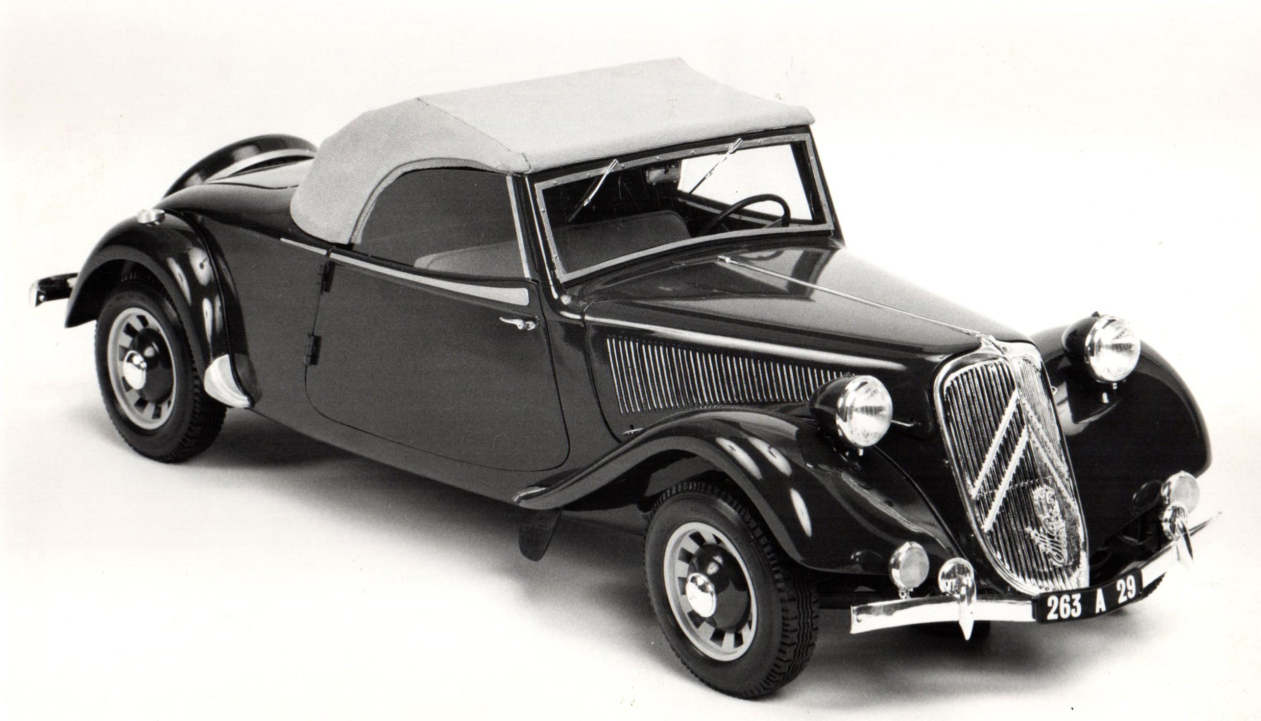 1939 Maquette Traction 15 cabriolet 1/8ème