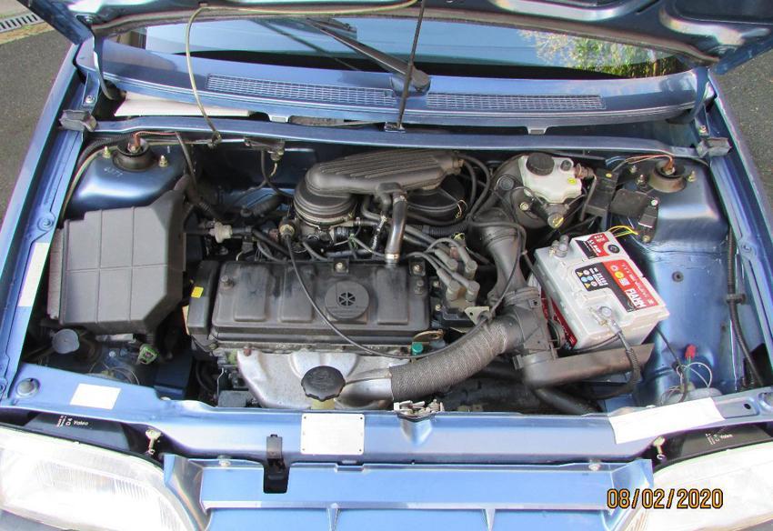1994 AX 1.1 L Thalassa Compartiment moteur