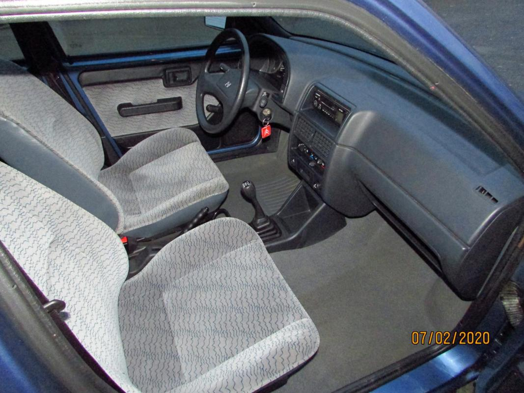 1994 AX 1.1 l Thalassa 5 portes intérieur tissu