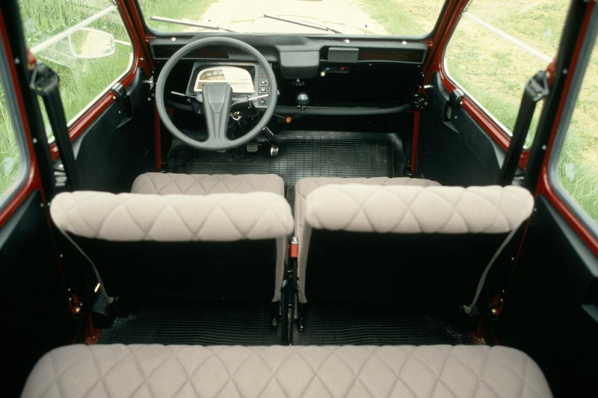 Citroën 2CV Charleston intérieur
