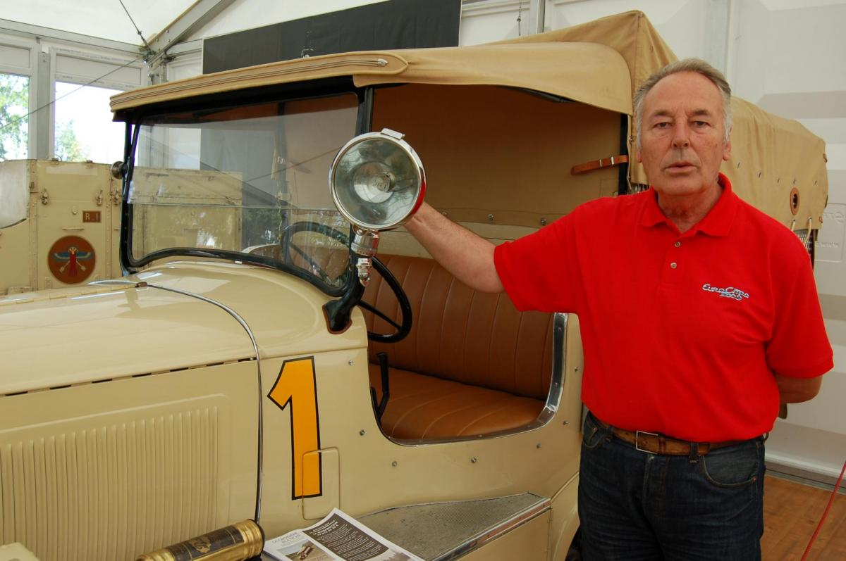 Etienne Christian et sa Citroën P17D Dingy Skipper